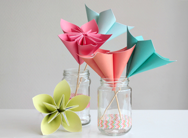 Make a Bouquet of Beautiful Paper Flowers